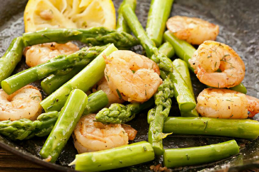 health benefits of green asparagus with prawns