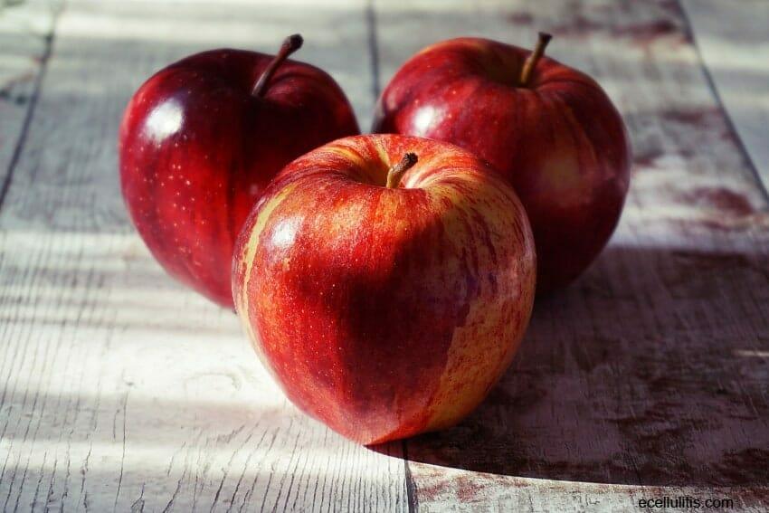 Apples - 30+ Foods That Burn Calories