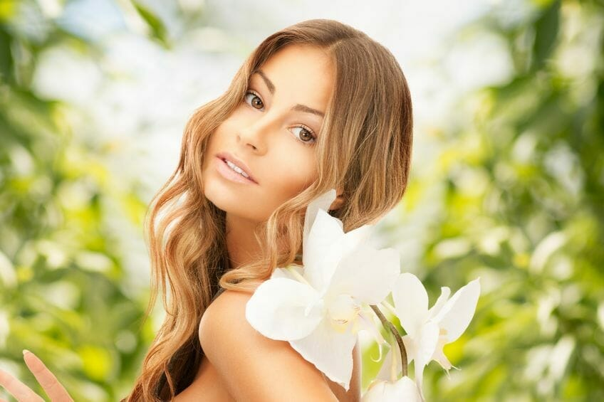 Do You Know How To Maintain Radiant And Glowing Skin During Warm Season?