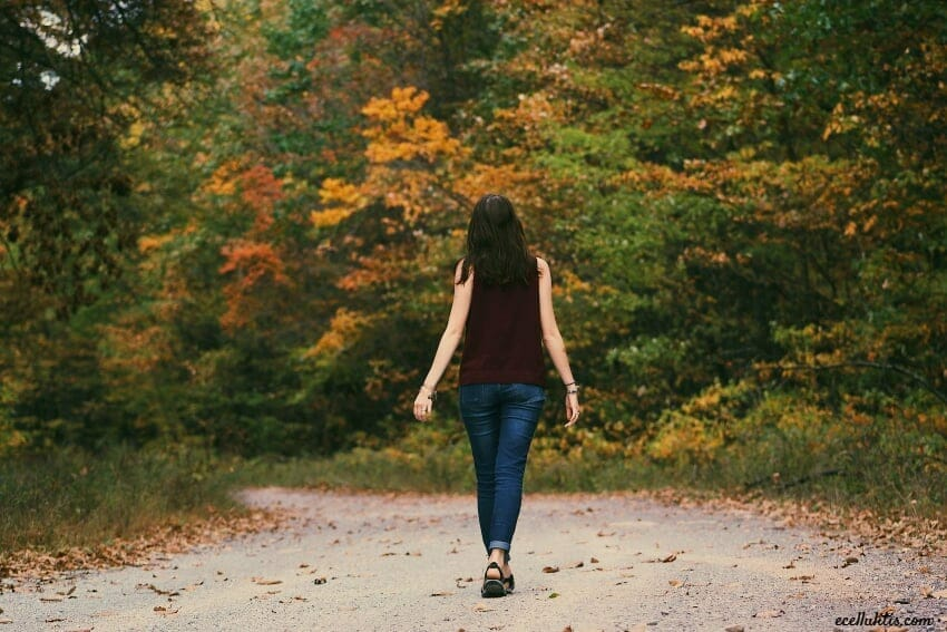 the positive effect of walking on creative thinking
