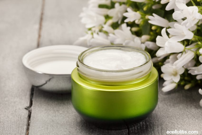 skin care tips for fall - moisturize